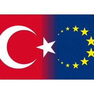 AB ile Türkiye arasındaki bağlar zayıflıyor