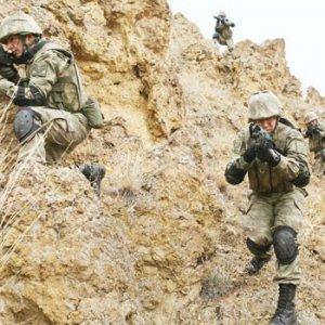 Milli Savunma Bakanı Fikri Işık açıkladı: Piyade Suriye'ye girecek mi ?