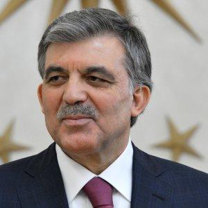 """Abdullah Gül: """"OHAL'ler bitmeli"""""""