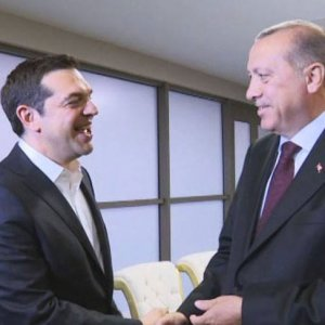 Erdoğan, Çipras'tan FETÖ'cü askerleri istedi