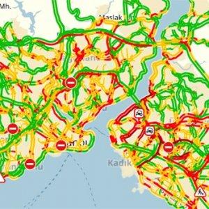 Kaza sonrası İstanbl trafiği kilitlendi !