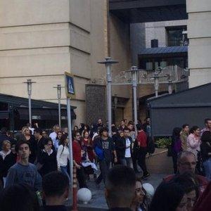 İstanbul'daki AVM'de alarmı !