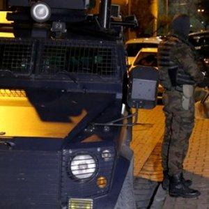 Ankara'da polise saldırı !
