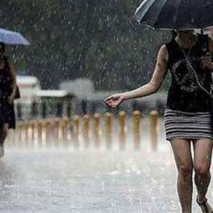 Meteoroloji saat verdi ! İstanbul'a yağış geliyor