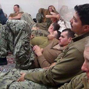 İran'a esir düşen ABD askerleri tüm sırları anlatmışlar