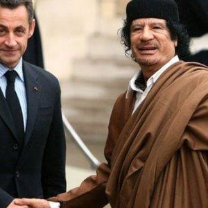 Kaddafi, Sarkozy'ye mali destek mi verdi ?