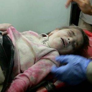 Suriye ordusu hem ikizini hem de annesini öldürdü
