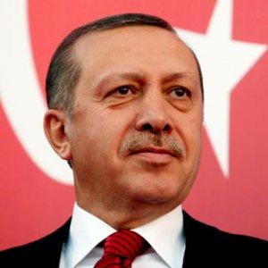 Erdoğan'dan Maarif Vakfı'na tam destek