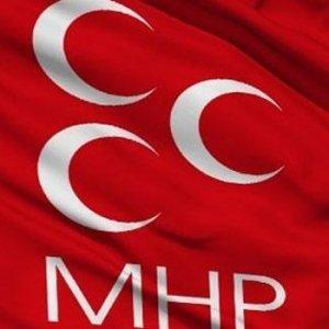 MHP ilçe teşkilatı görevden alındı