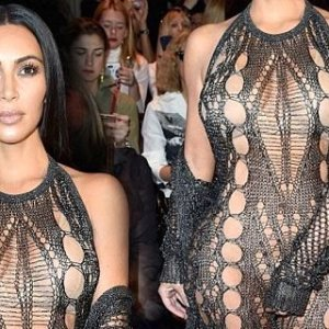 Kardashian yine göz doldurdu !