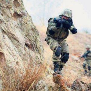 PKK'lılarla sıcak temas, 1 hain öldürüldü
