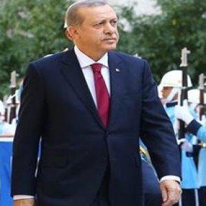 Cumhurbaşkanı Erdoğan'ı TBMM'ye gelişinde asker yerine polisler karşıladı