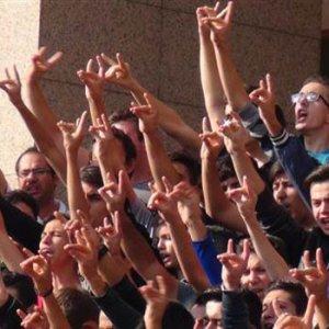 Çakıroğlu davasında savcı slogan atan grubu uyardı
