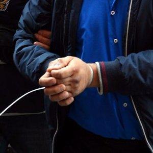 İzmir'de FETÖ/PDY operasyonu: 31 gözaltı