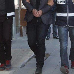 FETÖ'den 20 asker daha gözaltında