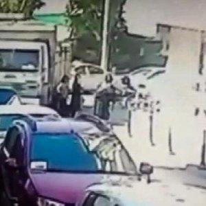 Kadıköy'de genç kızın can verdiği kaza kamerada