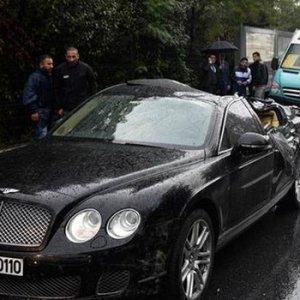 Bentley'i ezen beton mikseri şoförü yandı