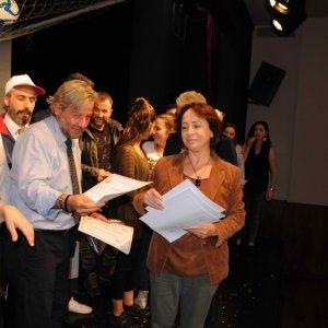 Sarıyer Belediye Tiyatrosu perdelerini açtı