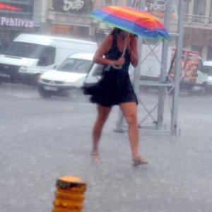 Meteoroloji'den fırtına ve yağış uyarısı !