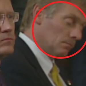 Erdoğan konuşurken o uyudu !