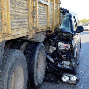 Bakan Çavuşoğlu'nun kardeşi kazada yaralandı