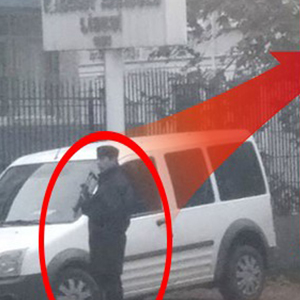 Kadıöy Anadolu Lisesi'ne silahlı polis gönderildi