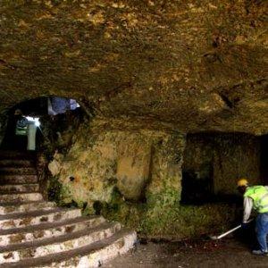 Tarihi tüneller ziyarete açılıyor