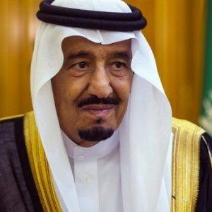 Suudi Arabistan'dan büyük borçlanma