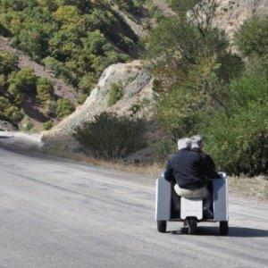 Tunceli'de elektrikli araç yaptı