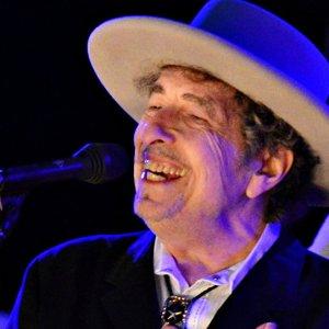 Bob Dylan, Nobel'le ilgili sessizliğini bozdu