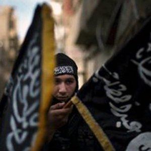 İstanbul'da IŞİD'li üç canlı bomba zanlısı yakalandı