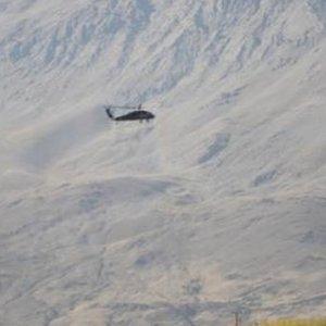 Bomba yüklü araç helikopterle havaya uçuruldu !