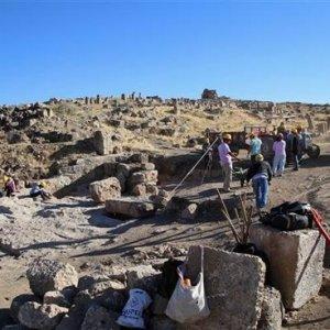 Diyarbakır'da bin 500 yıllık sığınak ortaya çıkarıldı