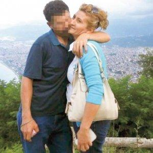 Kansere yakalanan kadın eşinin ihanetiyle yıkıldı