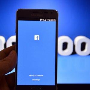 Facebook'ta yıllardır beklenen yenilik sonunda geldi