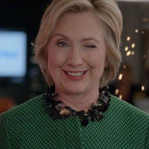 Clinton'ın ekibinden FBI ajanına siyasi rüşvet!