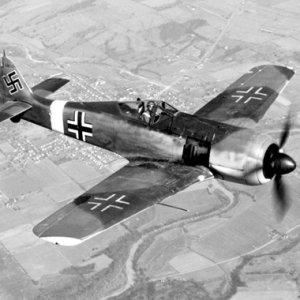 Komutan açıkladı ! Gömülü savaş uçağı bulundu mu ?