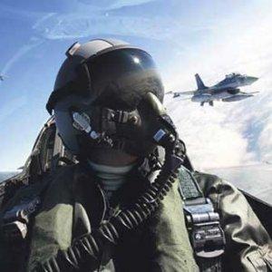 FETÖ'cülerin sivil katliamını F-16 pilotu önlemiş