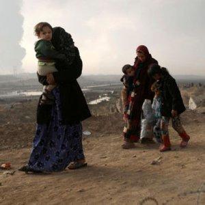 BM: DEAŞ Musul çevresinde 8 bin aileyi kaçırdı