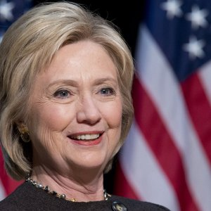 Clinton'a seks yazışmaları şoku