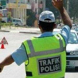 Trafikte bunu yapana hem para hem de hapis cezası !