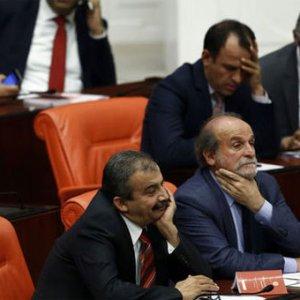 HDP'nin ''Meclis'' kararı ne anlama geliyor ?