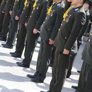 FETÖ üyesi soruları okumadan subaylık sınavını kazanmış