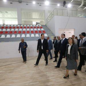 Büyükşehir, Gaziantep'e yeni bir spor salonu kazandırdı