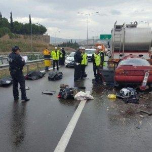 Bursa'da korkunç kaza: 3 kişi öldü