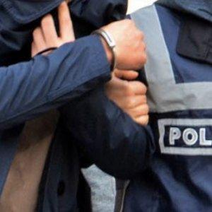 İstanbul'da polis okullarına FETÖ baskını