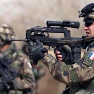 Fransa IŞİD ile mücadeleden çekilecek mi ?