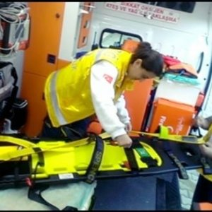 Beyoğlu'nda silahlı çatışma: 2 yaralı