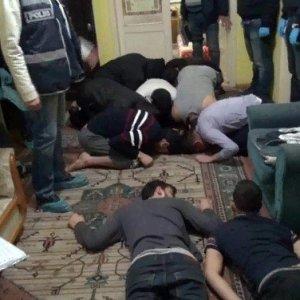 Sakarya'da DEAŞ baskını: 18 gözaltı