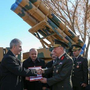 Milli füze sistemi 'Kasırga'da TSK'ya ilk teslimat